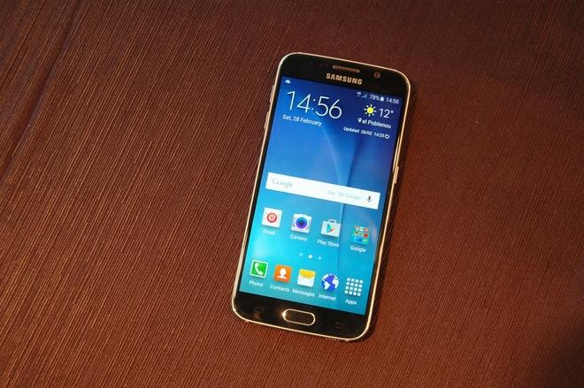 Nhung smartphone dung luong lon nhat dang ban tai VN hinh anh 5