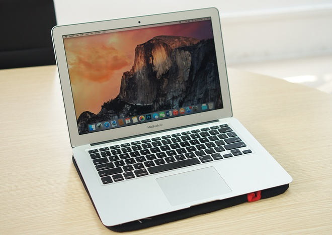 Danh gia MacBook Air 2015: Thiet ke quen thuoc, pin an tuong hinh anh