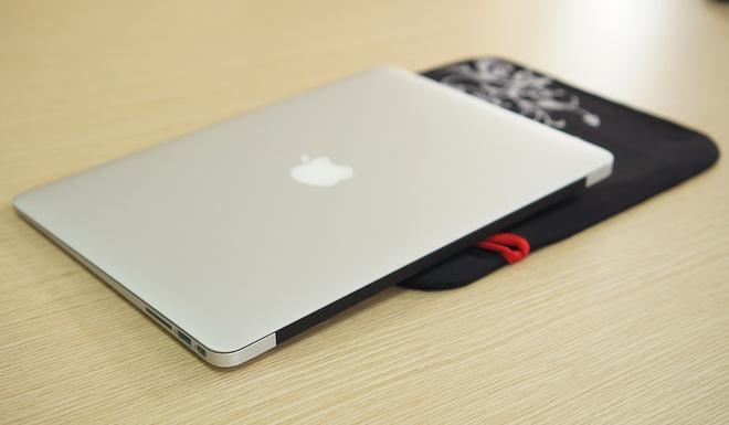 Danh gia MacBook Air 2015: Thiet ke quen thuoc, pin an tuong hinh anh 4