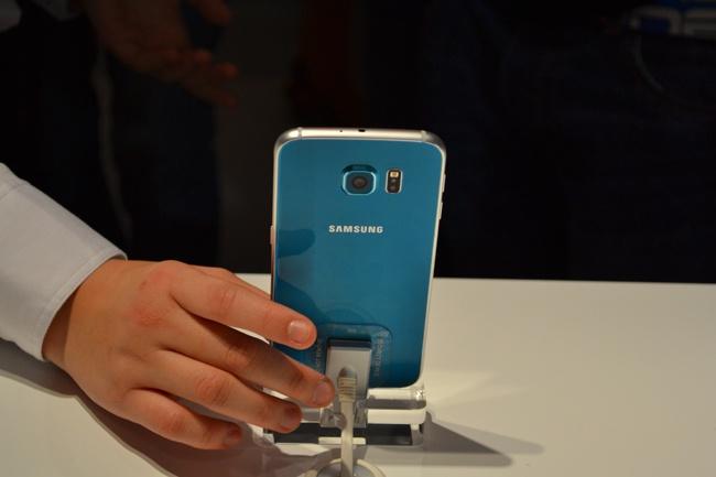 Galaxy S6, S6 Edge mau hiem len ke hinh anh