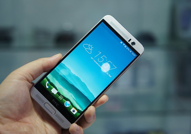 5 smartphone dang dep, cau hinh manh vua ve Viet Nam hinh anh
