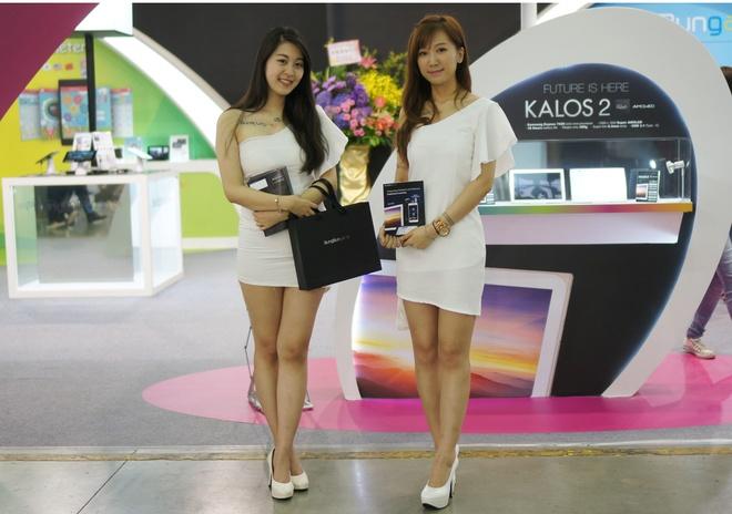 Chan dai tai trien lam Computex 2015 hinh anh 8