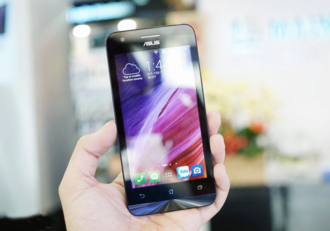 Asus bat ngo tung Zenfone RAM 2 GB gia 2,5 trieu tai VN hinh anh