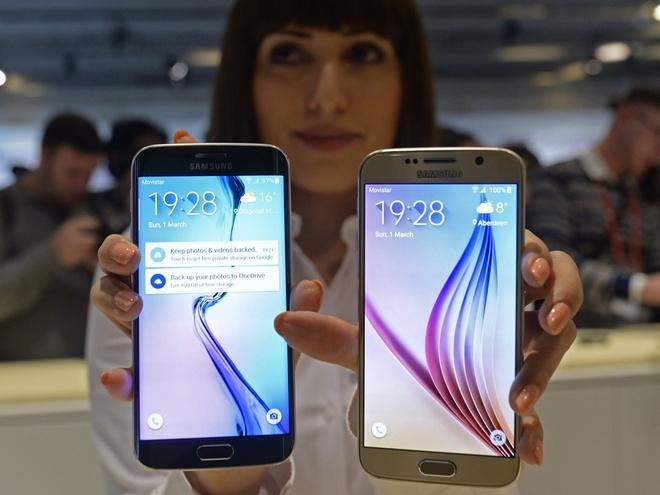 Galaxy S6 chua 'hoa rong': Loi tai ai? hinh anh