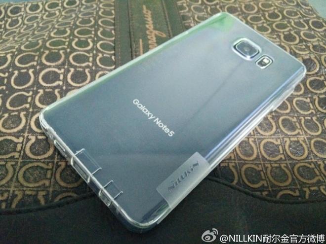 Galaxy Note 5 lo nhieu anh thuc te, ra mat ngay 13/8 hinh anh 1