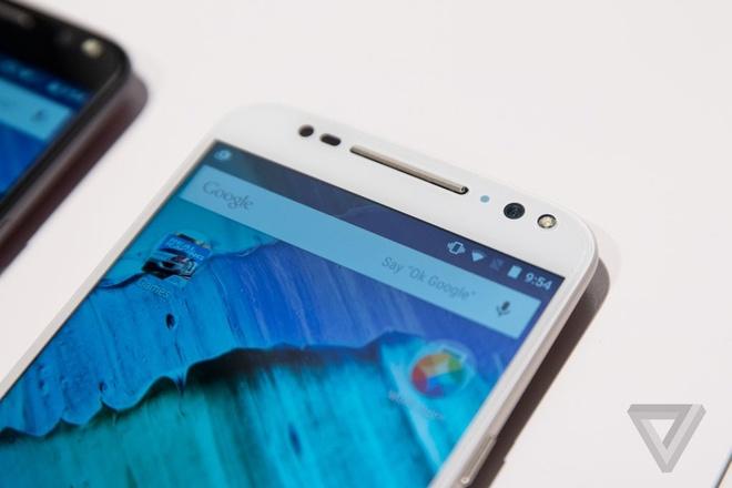 Anh thuc te smartphone bom tan Moto X Style gia 400 USD hinh anh 11