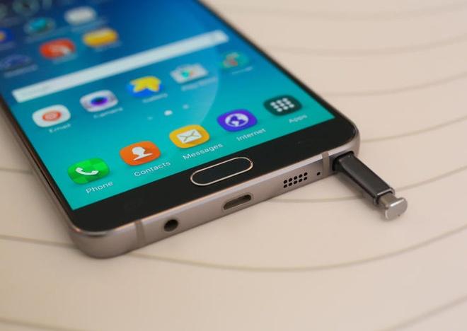 Galaxy Note 5 Active pin 4.100 mAh ra mat thang 11 hinh anh