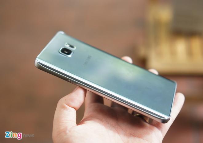 Can canh Galaxy Note 5 va S6 Edge+ mau bac tai Viet Nam hinh anh 10