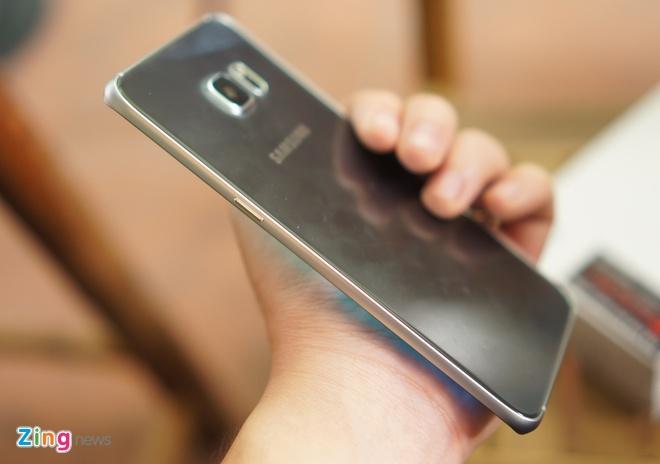 Can canh Galaxy Note 5 va S6 Edge+ mau bac tai Viet Nam hinh anh 9