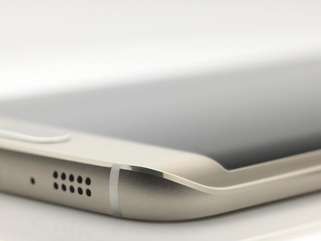 Samsung Galaxy S7 se dung vo kim loai nguyen khoi hinh anh