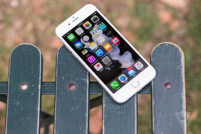 Nhung danh gia dau tien ve iPhone 6S, 6S Plus hinh anh
