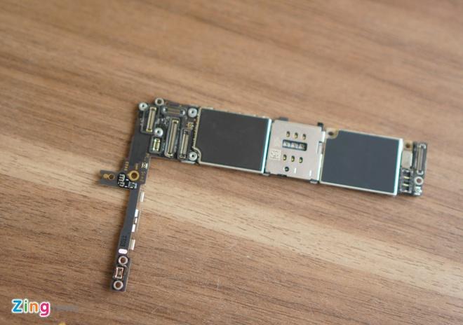 iPhone 6S Plus dau tien bi thao tung linh kien tai VN hinh anh 11