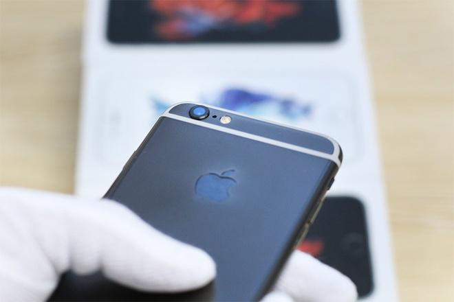 iPhone 6S ma vang den gia tu 42 trieu tai Viet Nam hinh anh 2