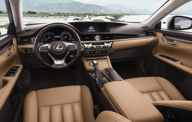 Lexus ES350 the he moi ve Viet Nam, gia tu 2,7 ty dong hinh anh 3