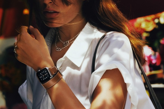 Apple Watch ban Hermes len ke voi gia tu 1.100 USD hinh anh 1