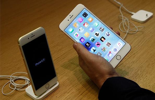 iPhone 6S pho bien gap 4 lan 6S Plus hinh anh