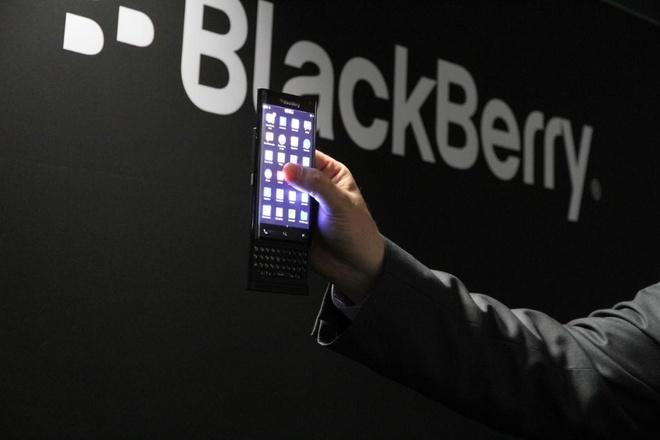 Chan dung BlackBerry Priv: Chi tiet cau hinh, anh thuc te hinh anh 2