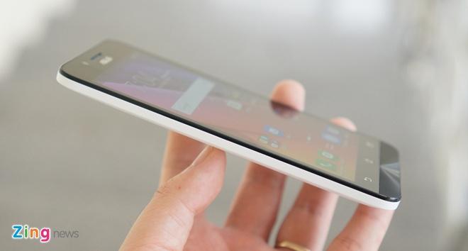 Mo hop Zenfone Go RAM 2 GB gia 3 trieu dong hinh anh 11