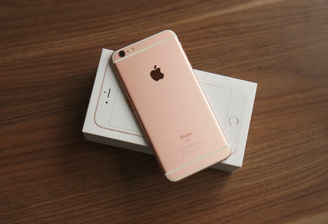 Gia iPhone 6S on dinh sau mot thang ve nuoc hinh anh