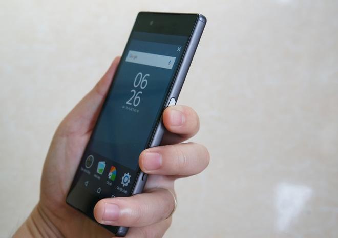 Danh gia Sony Xperia Z5: Dep, doc nhung chua da hinh anh 9