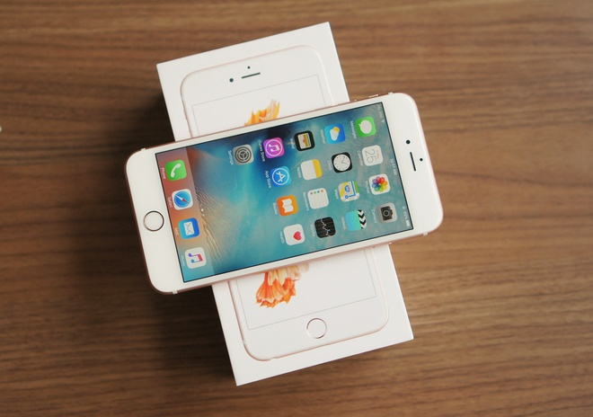 iPhone 6S chinh hang: Cua hang noi hop ly, khach che dat hinh anh