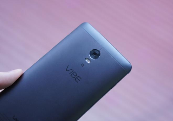 Danh gia Lenovo Vibe P1: Gia on, pin lau hinh anh 2