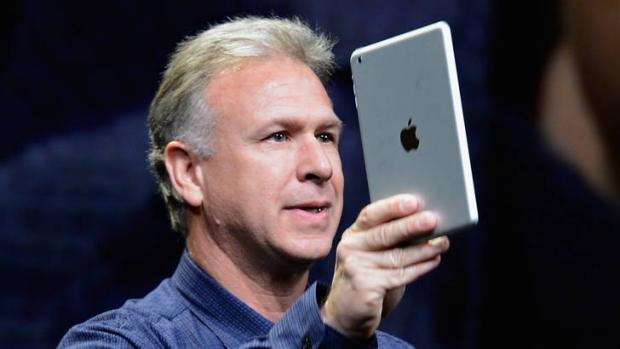 Trum marketing cua Apple nhan nhiem vu moi hinh anh 1 Là Phó chủ tịch phụ trách marketing của Apple, Phil Schiller thường đăng đàn giới thiệu hầu hết các sự kiện ra mắt sản phẩm của hãng.