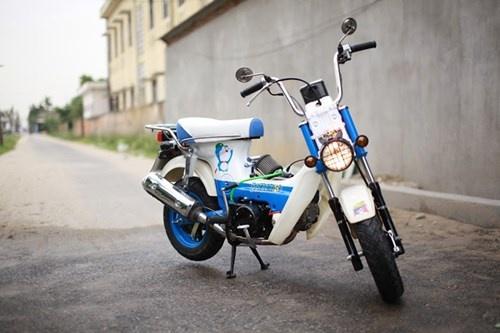 Honda Chaly phien ban Doremon 130cc: Nho ma co vo hinh anh 1