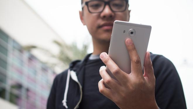 Huawei Mate 8 ra mat voi man hinh 6 inch, pin 4.000 mAh hinh anh 2