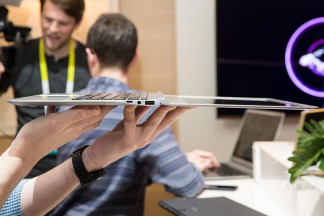 Laptop sieu mong, nhe tu Samsung thach thuc MacBook Air hinh anh 3