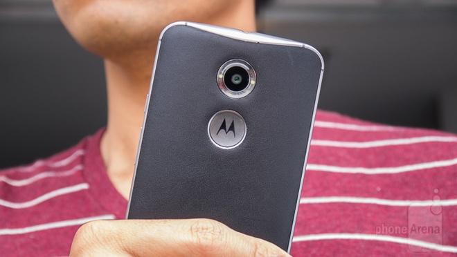 Thuong hieu Motorola bi khai tu, tro thanh Moto by Lenovo hinh anh