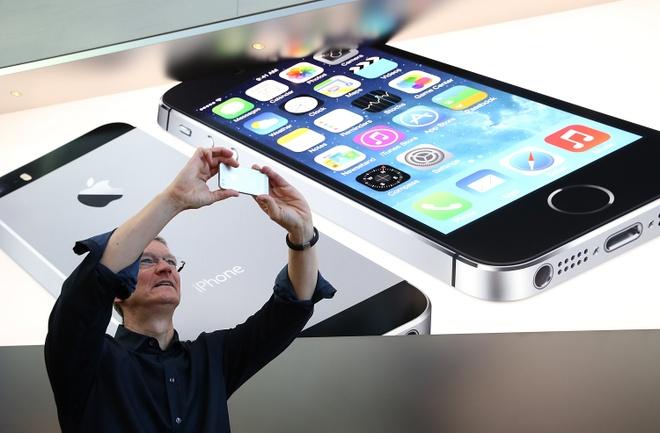 Apple do du giua 3 ban iPhone 7 khac nhau hinh anh