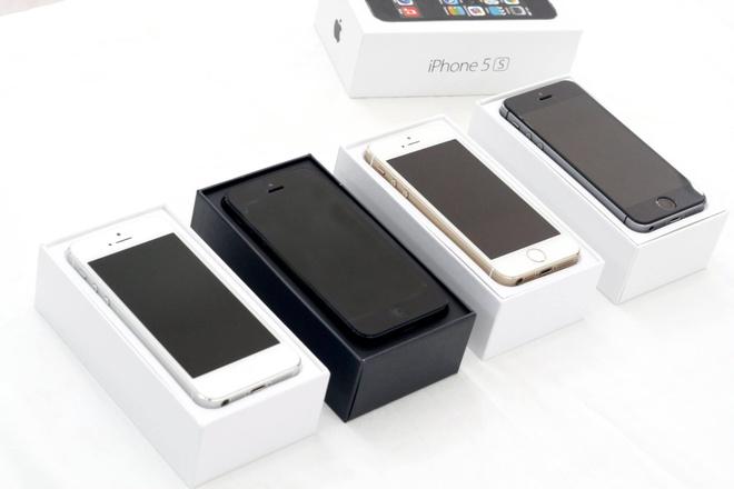 Nhieu rui ro khi mua iPhone choi Tet hinh anh