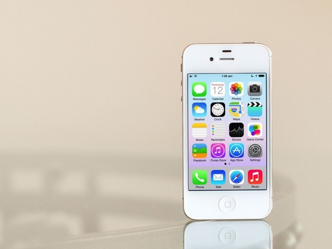 iPhone 4S chinh hang giam gia con 4 trieu dong hinh anh
