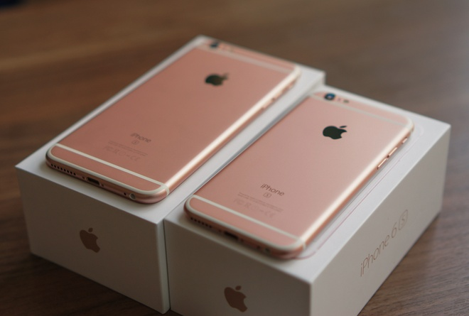 iPhone khong thoat khoi bao giam gia cuoi nam hinh anh