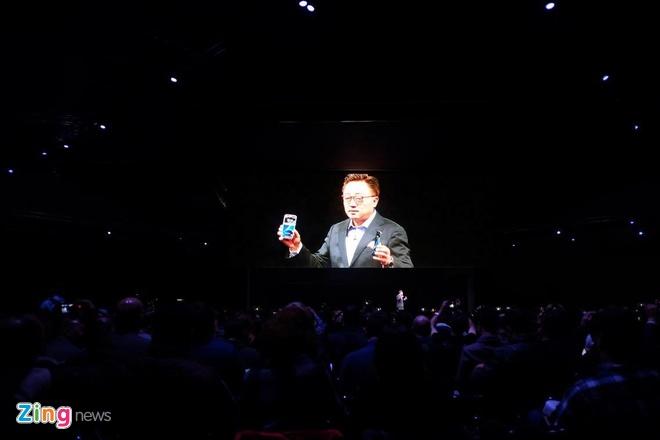 Galaxy S7 va S7 edge trinh lang, ban ra ngay 11/3 hinh anh 9