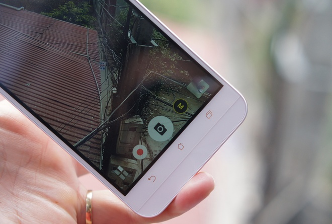 Danh gia Asus Zenfone Max: Pin khoe, camera on hinh anh 9