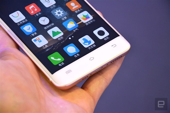 Can canh smartphone man hinh cong, RAM 6 GB hinh anh 7