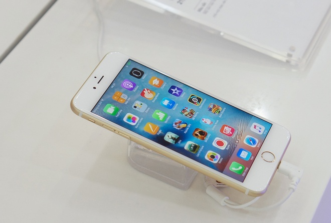 Gia iPhone 6S cua MobiFone dat hay re? hinh anh