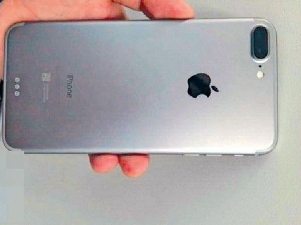 Xuat hien anh iPhone 7 Plus voi camera kep hinh anh 1