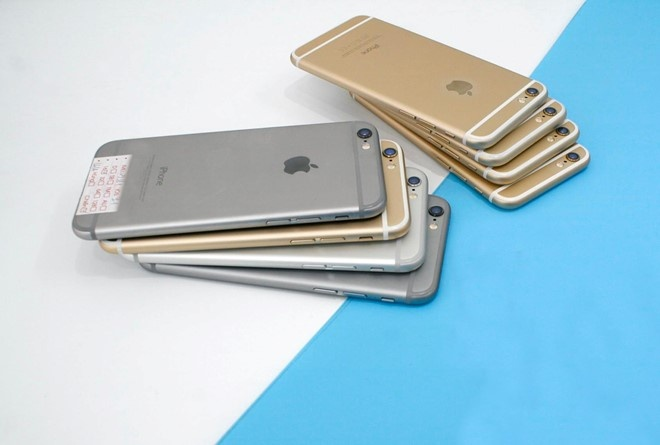 iPhone moi binh on gia, may cu lien tuc lao doc hinh anh 2