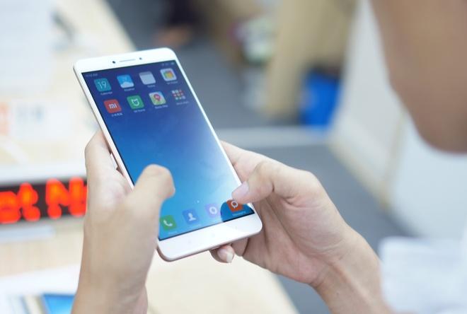 Di dong Xiaomi man hinh 6,4 inch, pin 5.000 mAh ve Viet Nam hinh anh