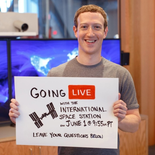 Facebook se phat video truc tiep tu vu tru hinh anh