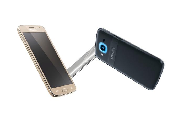 Galaxy J2 2016 ra mat voi Smart Glow, gia 145 USD hinh anh