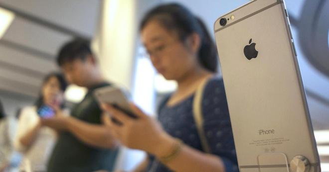 Apple tai Trung Quoc: Nha giau cung khoc hinh anh