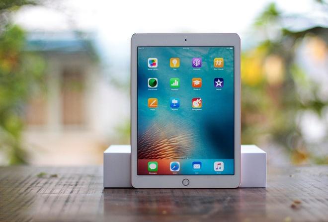 iPad doi co len ngoi, hang moi dong bang tai Viet Nam hinh anh