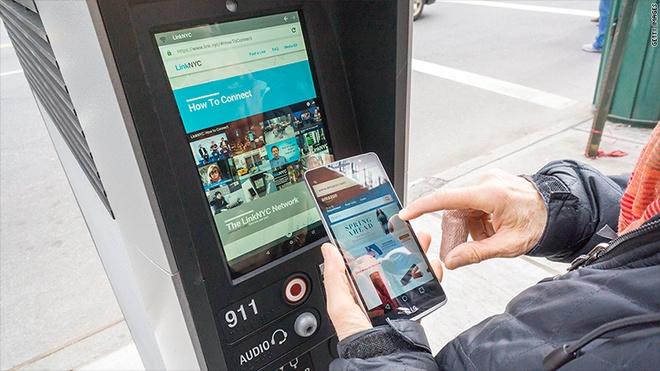 Tram Wi-Fi mien phi o New York thanh noi xem phim khieu dam hinh anh