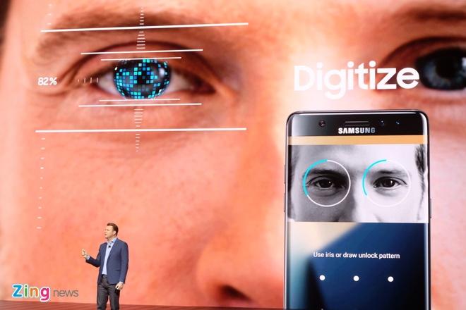 Galaxy Note 7 ra mat voi man hinh cong, quet mong mat hinh anh 2