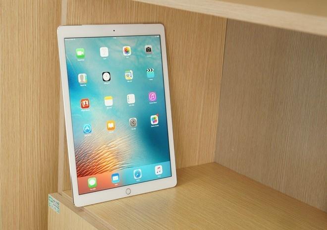 iPad Pro co hang tan trang, gia re hon toi da 160 USD hinh anh