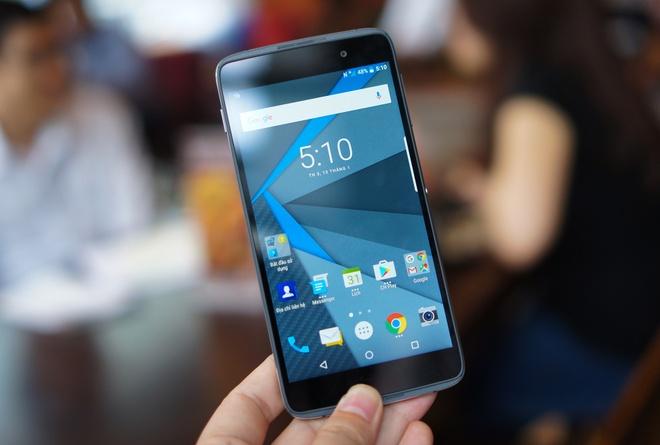 Mo hop BlackBerry DTEK50 - smartphone bao mat gia 8 trieu hinh anh